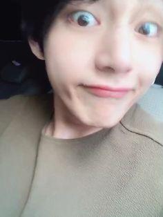 Bts Selca, Bts Jungkook, Kim Taehyung Funny, V Taehyung, Jung So Min, Foto Bts, Daegu, Kpop, Bts Memes
