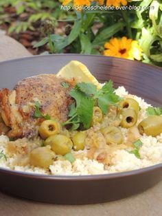 Tajine de poulet au citron et aux olives