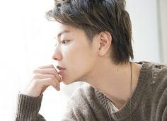 「大事なことは自分で決めてきた」――佐藤 健と考える、人生を切り拓く方法 - ライブドアニュース