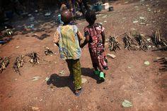 a préoccupation concernant la situation pour les enfants en République centrafricaine six mois après que les combats ont atteint la capitale Bangui, avec de nombreux enfants morts des centaines de blessés et des milliers de déplacés. « La violence en...