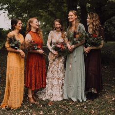 25 Beautiful mismatched bridesmaid dresses for a significant day - bridesmaid dr. - 25 Beautiful mismatched bridesmaid dresses for a significant day – bridesmaid dress inspiration Source by sillyholmberg - Mismatched Bridesmaid Dresses, Wedding Bridesmaid Dresses, Bridesmaids In Different Dresses, Different Colour Bridesmaid Dresses, Autumn Wedding Dresses, Mustard Bridesmaid Dresses, Boho Wedding, Dream Wedding, Wedding Day