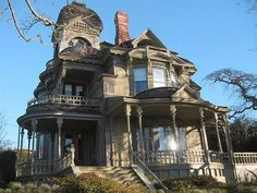 Victorian/Gothic house. I would totally live in this house.