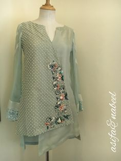 For price and details contact on WhatsApp# Pakistani Party Wear, Pakistani Wedding Outfits, Pakistani Dress Design, Pakistani Dresses, Indian Dresses, Stylish Dresses, Casual Dresses, Fashion Dresses, Kurta Designs