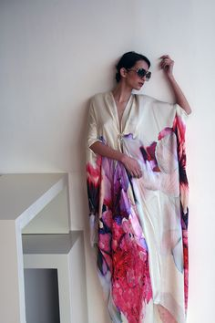 I need a caftan in my life Modest Fashion, Hijab Fashion, Mode Style, Style Me, Mode Shoes, Look Fashion, Womens Fashion, Caftan Dress, Mantel