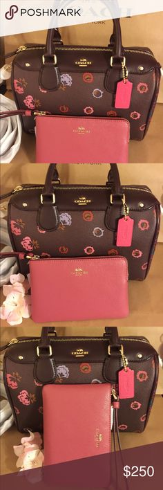 💖New Authentic Coach Set 💖 🎀🌸New Authentic Coach Set brand New with the Tag 🎀🌸 Coach Bags Shoulder Bags
