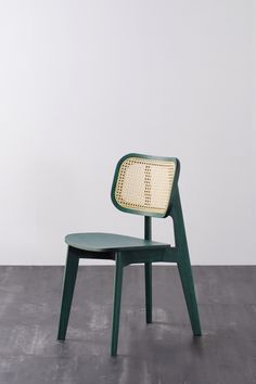 Green cane chair with Wiener braid Furniture Upholstery, Cool Furniture, Living Room Furniture, Furniture Design, Upholstered Chairs, Canapé Design, Chair Design, Chaise Ikea, Furniture Inspiration