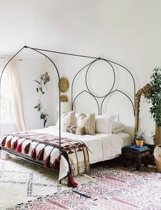 The adorable boho chic home of Carley Summers | My Cosy Retreat