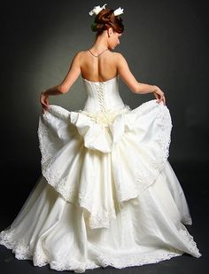Victorian style wedding dresses: 4 key elements of the classic gown -     					   Victorian style wedding dresses are classic gowns that retain elements of the Victorian period while still remaining modern and attractive. The reason so many brides choose Victorian style wedding dresses is because of their timeless look, originating from Queen Victoria's gown and...