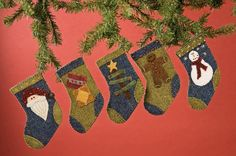 291: Toasty Toes Ornaments Pattern and Kits
