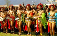 Rituals ethnics in Africa,, Rituals traditional of tribal nude in Africa Been there. Not suitable for the beaches of Margate City, NJ ! African Girl, African Beauty, African Women, Zulu Women, African Tribes, Beauty Shoot, African Culture, Girl Pictures, Persona