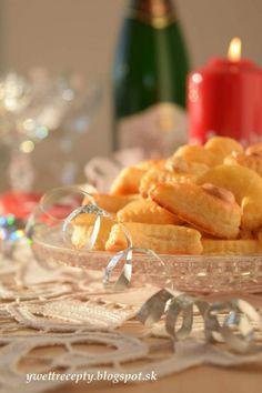Slané drobné pečivo (fotorecept) - recept   Varecha.sk Food, Essen, Meals, Yemek, Eten