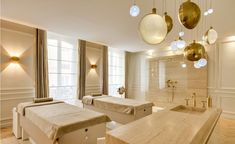 Glamorous treatment room. Facial room decor ideas.