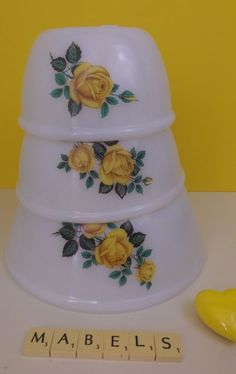 VINTAGE PYREX PHOENIX ~OPALWARE - YELLOW ROSES~ mixing bowls x 3