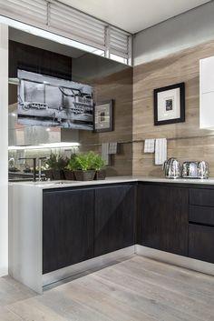 Our Stand at Decorex Johannesburg Concrete Kitchen Counters, Butcher Block Kitchen, Granite Kitchen, Concrete Countertops, Kitchen Tiles, Stone Kitchen, Glass Kitchen, Stainless Steel Kitchen, Recycled Kitchen