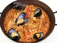 Cal Pinxo Platja at Barceloneta - get a window view upstairs, good lobster dishes Portuguese Recipes, Portuguese Food, Lobster Dishes, Barcelona Restaurants, Paella, Seafood, Rice, Menu, Ethnic Recipes