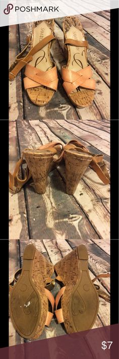 "Sam&Libby size 9 wedges Sam & Libby size 9-approx 4.5"" wedge -approx 1"" platform -wood inspired, tan ankle strap & peach color upper-happy to answer questions-fast shipper Sam & Libby Shoes Wedges"