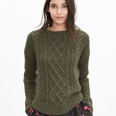 Banana Republic Womens Chunky Cable Knit Sweater
