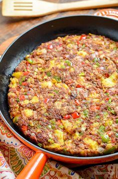 Low Syn Corned Beef Hash - an easy family friendly recipe perfect for breakfast,. - Low Syn Corned Beef Hash – an easy family friendly recipe perfect for breakfast, lunch or dinner. Canned Corned Beef Recipe, Corned Beef Recipes, Slimming World Beef Recipes, Healthy Meat Recipes, Nutella Recipes, Healthy Lunches, Healthy Foods, Minced Beef Recipes Easy, Chicken Recipes