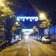 Parece que esta noche empezó la navidad en Barcelona.