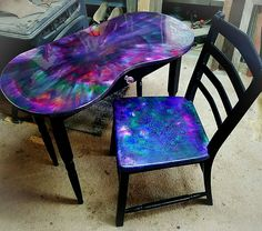 how to color epoxy resin - Furniture Art - There are a great deal of colors at a wide range of prices but I went with something I think is mid - Resin Furniture, Furniture Dolly, Funky Furniture, Refurbished Furniture, Repurposed Furniture, Unique Furniture, Shabby Chic Furniture, Furniture Makeover, Glitter Furniture