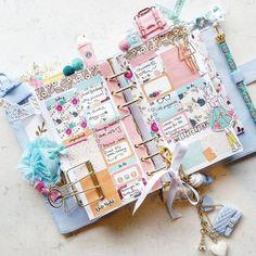 Such a pretty week ahead! Cute Planner, Happy Planner, Bullet Journal Ideas Pages, Bullet Journal Inspiration, Cool School Supplies, Cute Stationery, Stationary, Planner Decorating, Planner Supplies