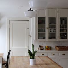 Warm Whites by Sherwin-Williams Recommended by a Color Consultant