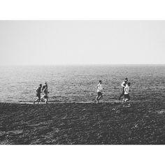 Tanta prisa para qué  #Coruña #Coruñasemueve #Galicia #CampoDaTorre #runner #run #nature #spring #primavera #blancoynegro #blackandwhite #bnw #vsco #vscocam #city #sport by lidiabao