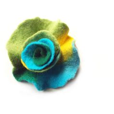 Felted flower brooch felt flower brooch flower felt green turquoise... (€21) ❤ liked on Polyvore featuring marlena