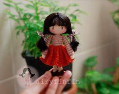 Muñeca de la muchacha de ganchillo por FairyFinFin en Etsy