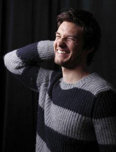 Crinkly nose, comfy sweater. Ben Barnes.
