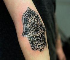Mano de Fatima / Hamsa tattoo.