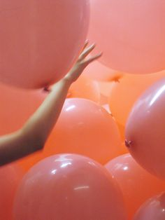 Note to all my friends: I want a surprise birthday party where I walk into a room full to the ceiling of balloons. Get on it.