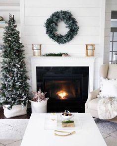 Jak samopoczucie po świętach?🎄💕#home #cozy #scandi #scandinaviandesign #scandinavian #awesome #amazing #love #inspiration #design #decoration #interior #interiordesign #inspiracje #morning #instahome #instadecor #instadecoration #instainterior #instagood #friday #christmas #nordicchristmas #christmastree #christmasdecor #christmasdecorations