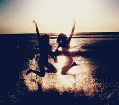 Take a picture like this with best friends (: