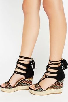 e57fe06a168 25 Wedges Shoes That Will Make You Look Fantastic. Pretty SandalsPretty ...