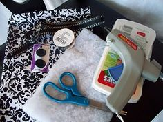 Spunky Junky: {Feature Blog} Creative Mommas and a Wipee Case TUTORIAL.....