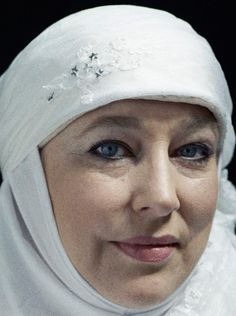 Yvonne Ridley :  British-born journalist Sister Yvonne Ridley is well known in the Muslim world for her outspoken views and defence of Islam. She converted to Islam 30 months after making international headlines when she was captured by the Taleban on an undercover assignment in Afghanistan. https://www.facebook.com/YvonneRidley1