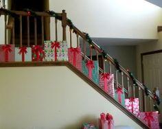 PRESENTS Christmas Staricase Decoration