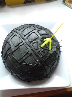 Death Star Cake.....Jedi Training Birthday Party