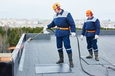 Flat roof repair must be done on time as it is one of the most important factors to keep the building safe and sound. Roofing Tools, Roofing Felt, Roofing Systems, Flat Roof Repair, Home Structure, Commercial Roofing, Roof Covering, Roofing Contractors, New Laptops