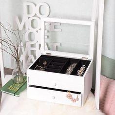 Beautybox, ca L:35 x B:26 x H:20 cm, weiß