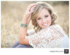 senior picture ideas for girls poses | Senior girl pose | Photography {Senior Ideas!}