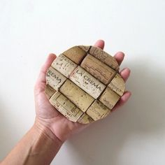 Wine cork coasters to go with our cork wreaths! Wine Cork Coasters, Diy Coasters, Wine Bottle Candles, Lighted Wine Bottles, Wine Craft, Wine Cork Crafts, Wine Cork Art, Wine Corks, Wine Cork Projects