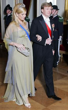 A chegada ao jantar do 70º aniversário do rei Harald da Noruega, no Palácio Real de Oslo, em fevereiro de 2007.