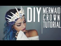 crown tiara Here's a super simple fun way to make your own mermaid crown! Every used in this video can be found at your local craft store or even walmart! Diy Tiara, Mermaid Crafts, Mermaid Diy, Mermaid Makeup, Mermaid Crowns Diy, Mermaid Style, Mermaid Halloween Costumes, Diy Costumes, Diy Mermaid Costume