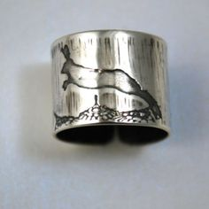 Adjustable Etched silver Hare Ring - oxidised