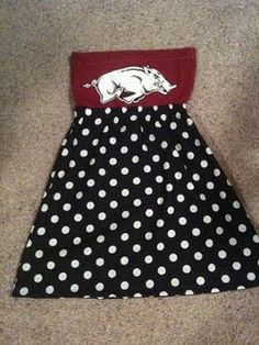 not wanting the razorback, but cute idea for other shirts to become dresses.