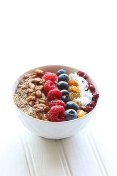 Berry Yogurt Bowl via @alisonlewis