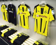 Borussia Dortmund 2016-2017 Home Kit