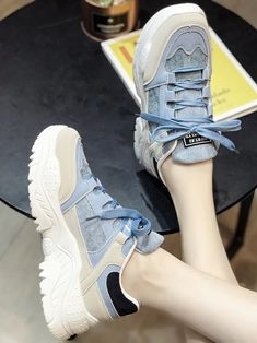 Air Max Sneakers, Sneakers Nike, Kawaii Shoes, Cute Slippers, Types Of Heels, Latest Sneakers, Chunky Sneakers, Blue Shoes, Shoe Game